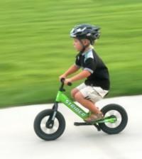 naucz dziecko na rowerze