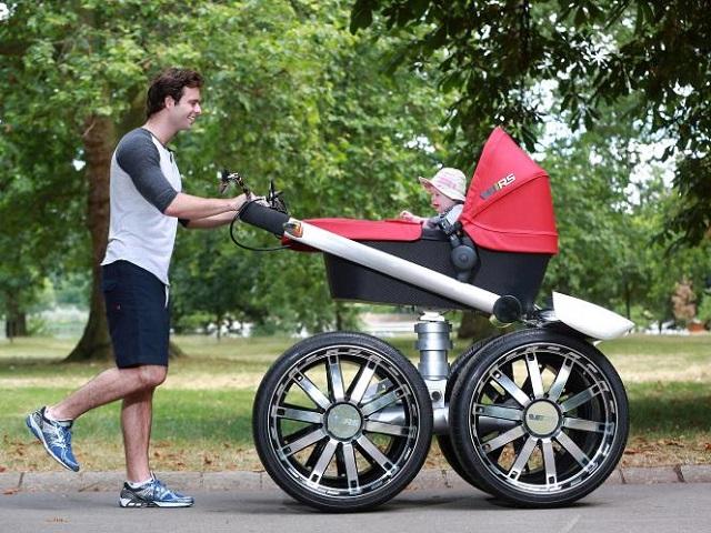 Przy takim wózku, nawet ojciec jest karłem.